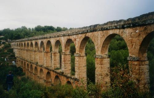 Roman_aqueduct_Tarragona